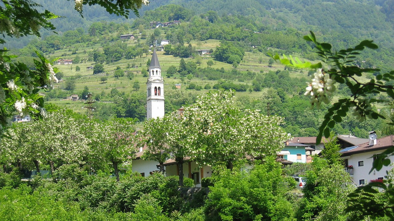 La verdeggiante natura della Valsugana in Trentino