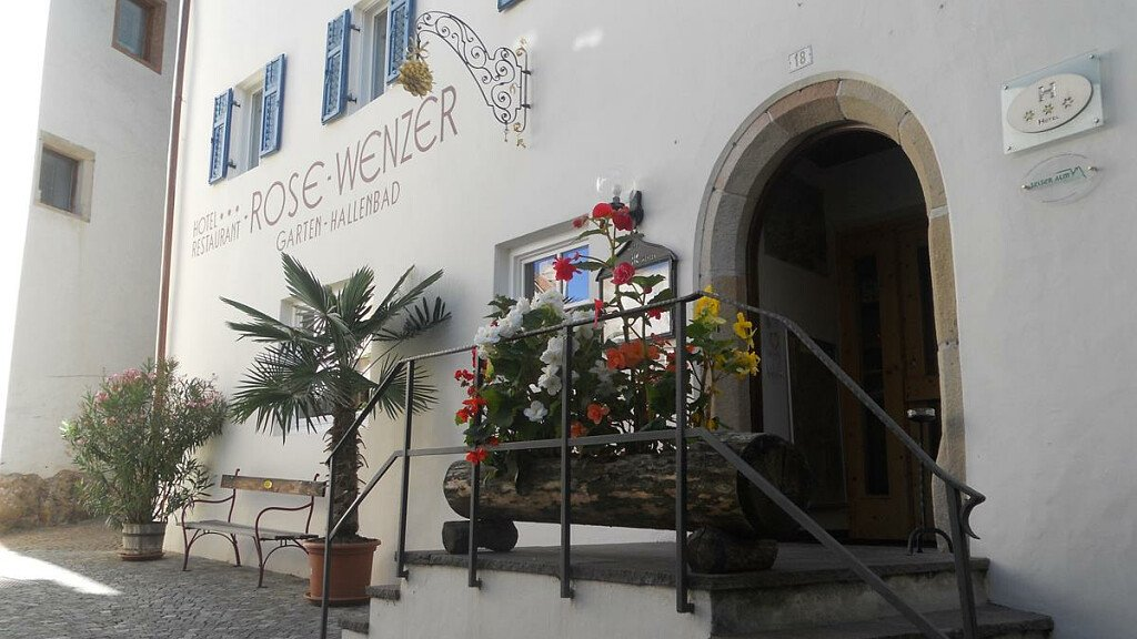 Hotel Rose Wenzer - cover