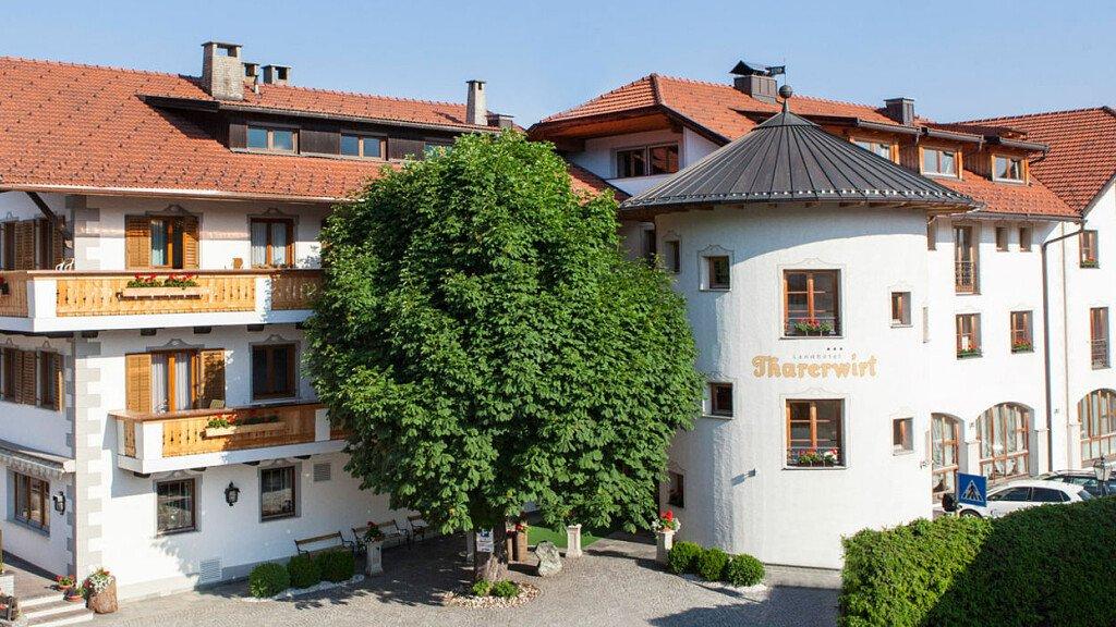 Landhotel Tharerwirt - cover
