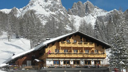 Rifugio Flora Alpina - cover