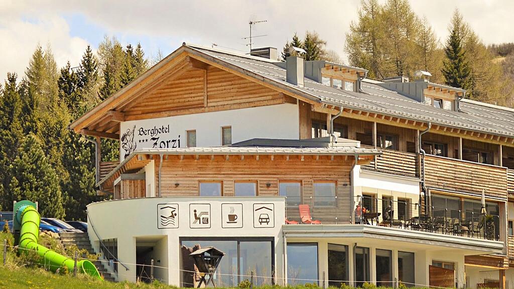 Berghotel Zorzi - cover