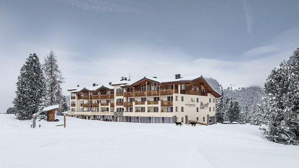 Hotel Steger-Dellai - cover