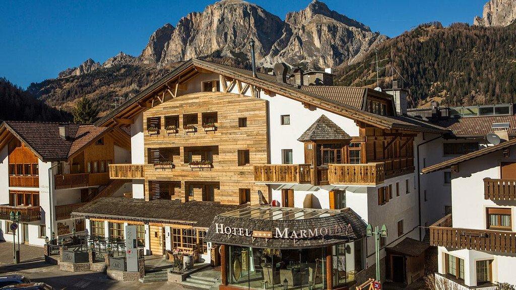 Hotel Marmolada - cover