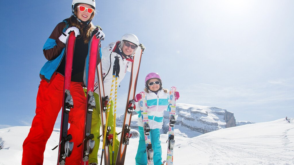 WHITE WEEK IN TRENTINO WITH SKIPASS INCLUDED - cover