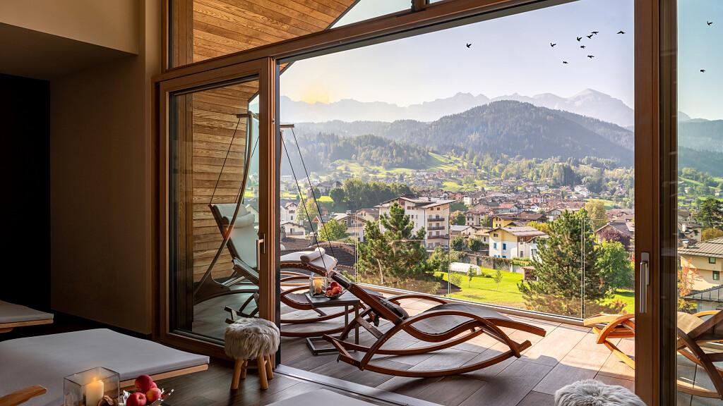 Vacanze In Trentino I Migliori Hotel Tra Dolomiti E Lago Di Garda