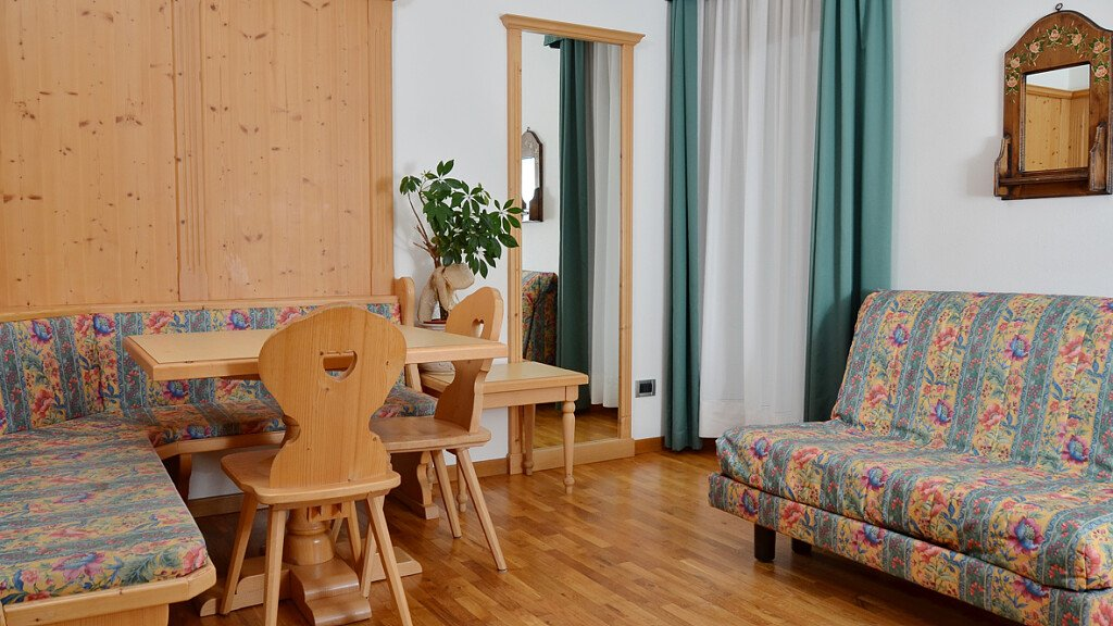 Three-rooms apartment 5 beds - cover
