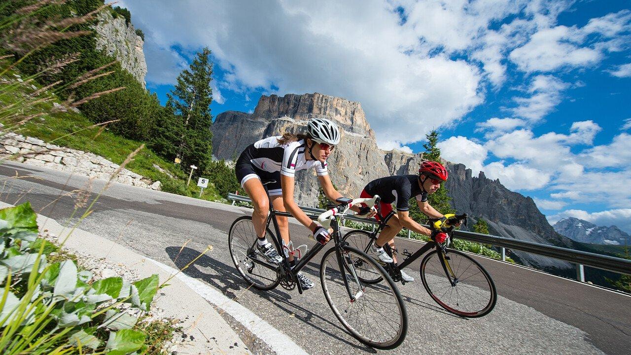 Radfahrer in den Dolomiten