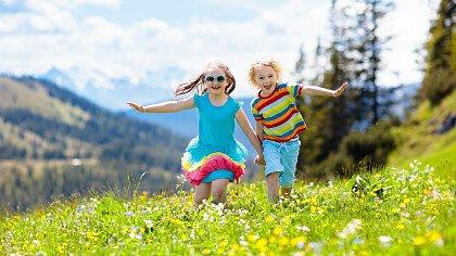 bambini_montagna_shutterstock