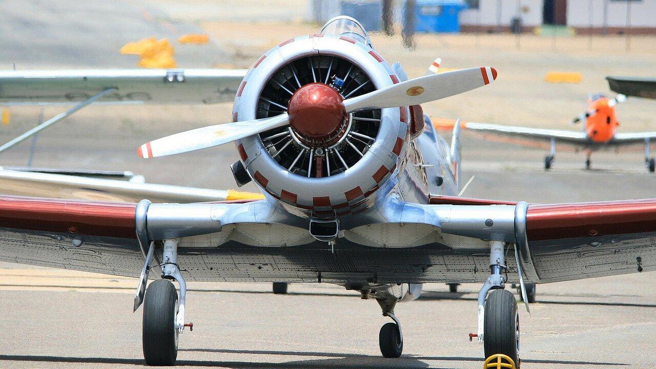 aereo_di_guerra_pixabay_publicdomainpictures