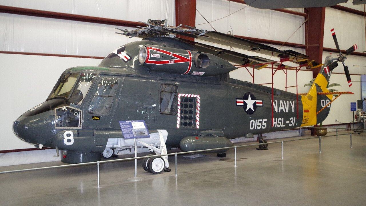 elicottero_storia_guerra_pixabay_jesterguy198181