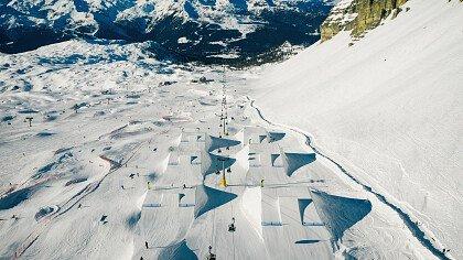 sciare_snowpark_madonna_di_campiglio_shutterstock