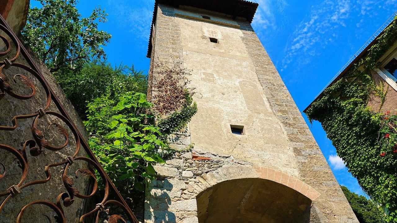 torre_medioevo_merano_pixabay_photosforyou