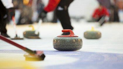 squadra_curling_shutterstock