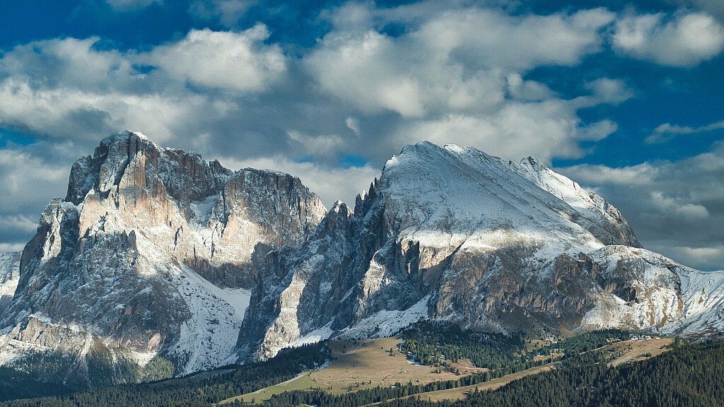 Holidays in the mountains of the Dolomites - cover
