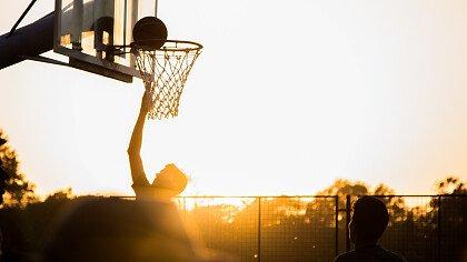 giocare_basket_campetto_pixabay_tortugadatacorp