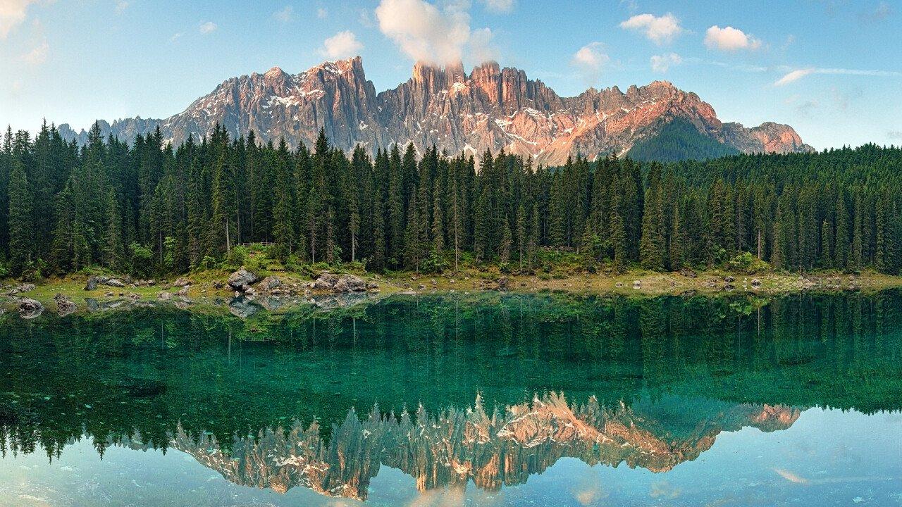 estate_veduta_dal_lago_carezza_depositphotos