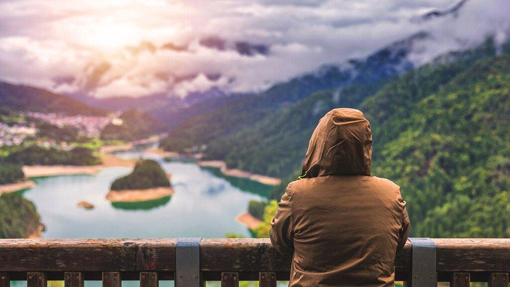 Urlaub in der Natur der Dolomiten - cover