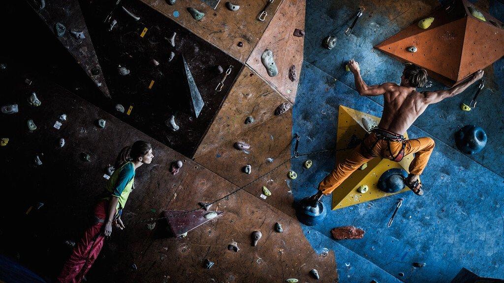 Die Kletterhallen in den Dolomiten - cover