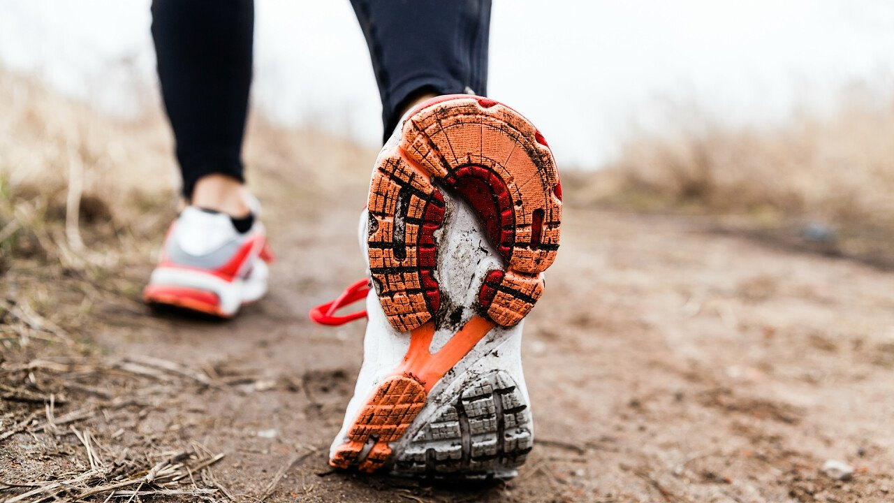 scarpe_trail_running_depositphotos