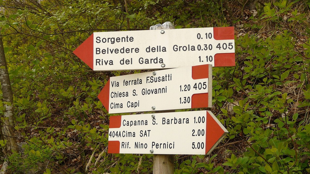 indicazioni_itinerario_garda_trentino_pixabay_hans