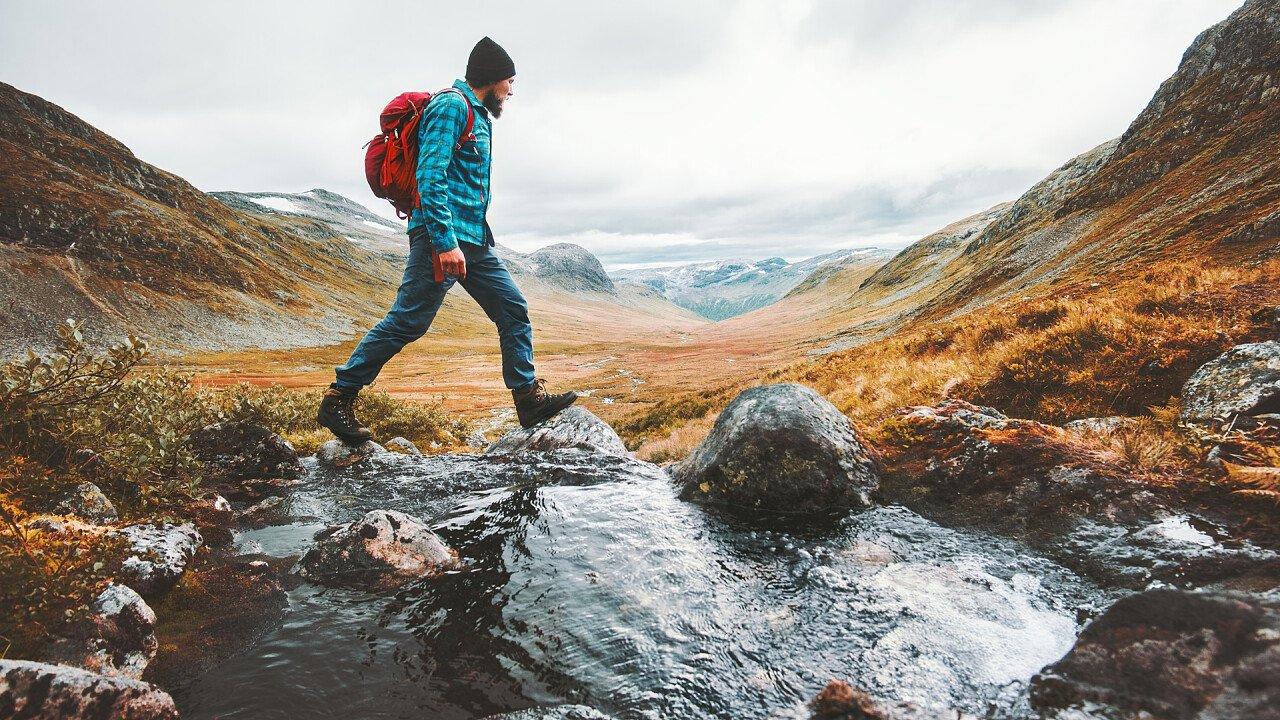 escursione_solitaria_montagna_shutterstock