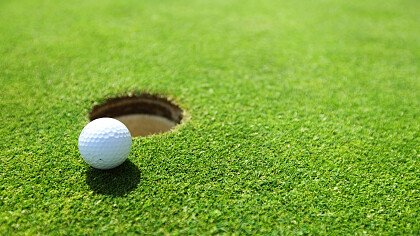 golf_sulla_neve_iStock