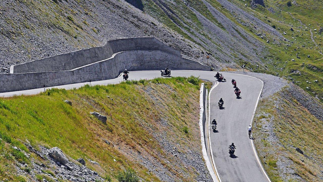 By motorbike on the Stelvio Pass