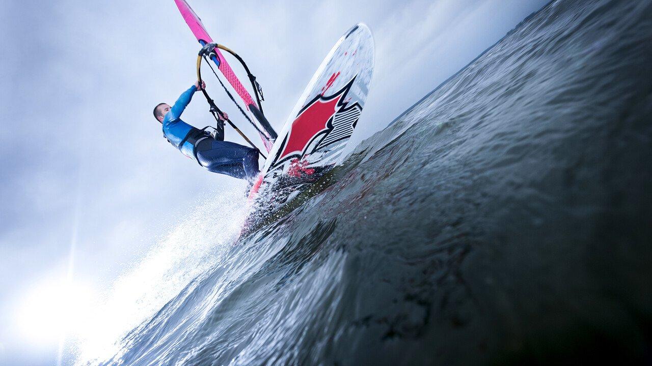 dettaglio_windsurf_shutterstock