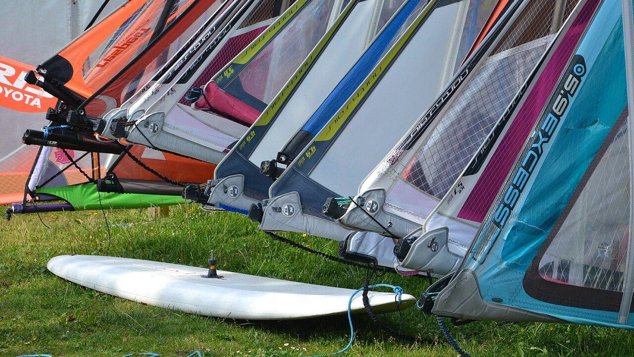 vele_windsurf_pixabay_kropekk_pl