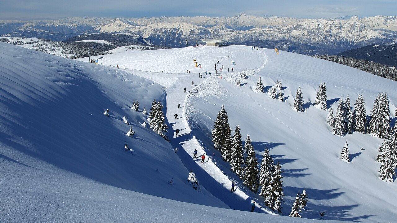 Vista panoramica della ski area Alpe Cimbra